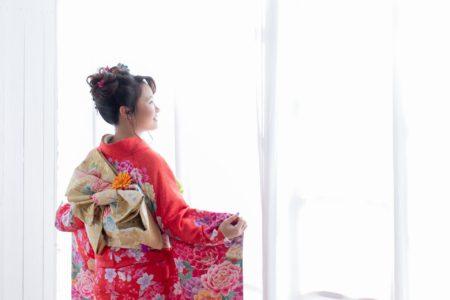 成人式の振袖レンタルなら 浜松・錦松苑 がおすすめ!当日はもちろん前撮りまでコミコミのフルパックプランに注目!